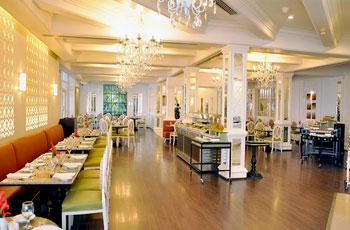 Hotel-&-Resorts